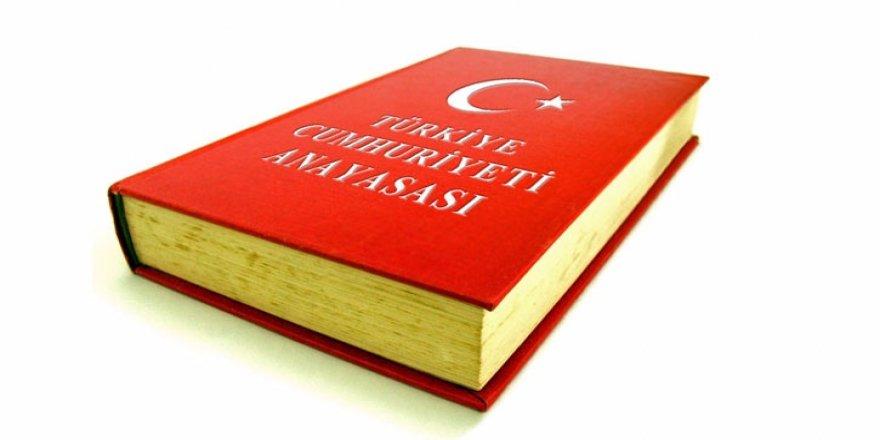 TBMM Genel Kurulunda 'anayasa değişikliği teklifinde değişiklik' tartışması