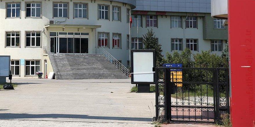 Yabancı uyruklular özel okul ortağı olamayacak