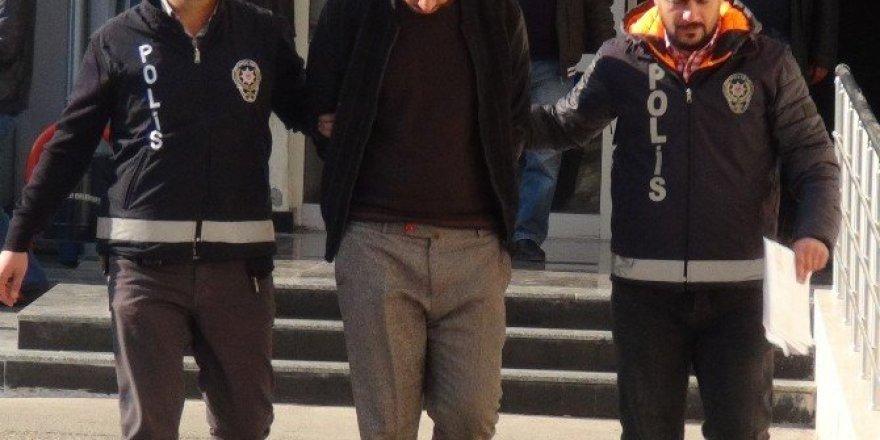 Mersin'de telefon dolandırıcısı suçüstü yakalandı