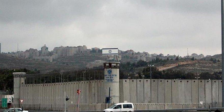 Açlık grevi yapan 2 Filistinli kardeş salıverildi