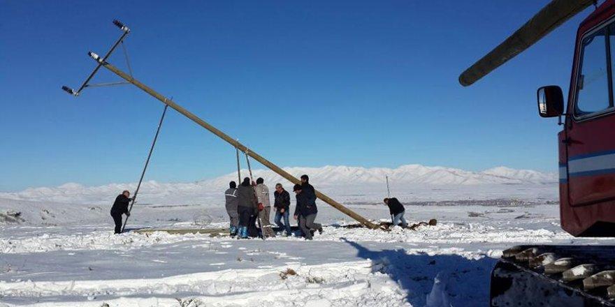 Elektrik arızasına 'snowtrack'lı müdahale
