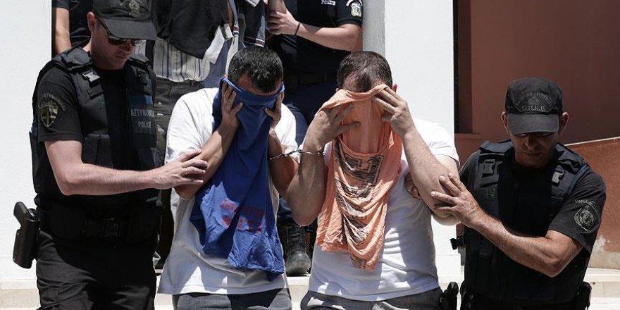 Yunanistan'a kaçan darbeci askerlerle ilgili flaş gelişme!