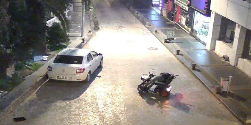Samsun'da ilginç trafik kazaları MOBESE'lere yansıdı