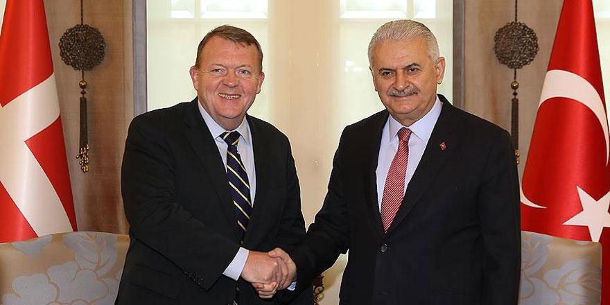 """""""Türkiye'nin desteklenmesi mücadelenin başarısına katkı sağlar"""""""