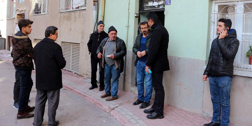 Konya'da kalp krizinden ölen liseli gencin evinde yas