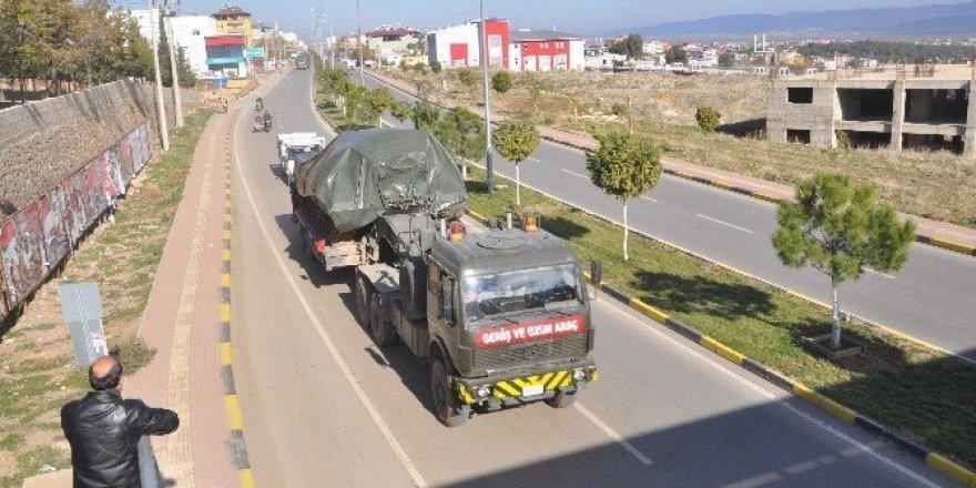 Suriye sınırına tank sevk edildi