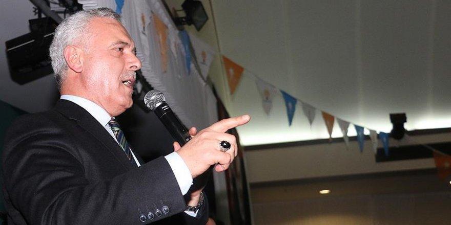 'Demokratik yöntemlerle AK Parti'yi alt edemeyenler oyunlara başvurdu'