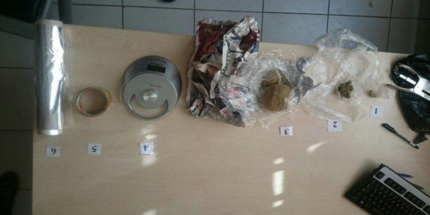 Diyarbakır'da 734 kilogram uyuşturucu ele geçirildi