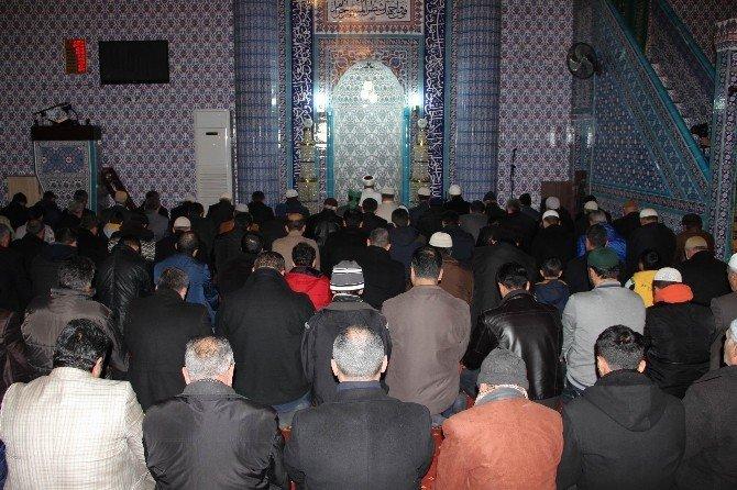 Diyarbakır'da Mevlid Kandili düzenlenen programla kutlandı