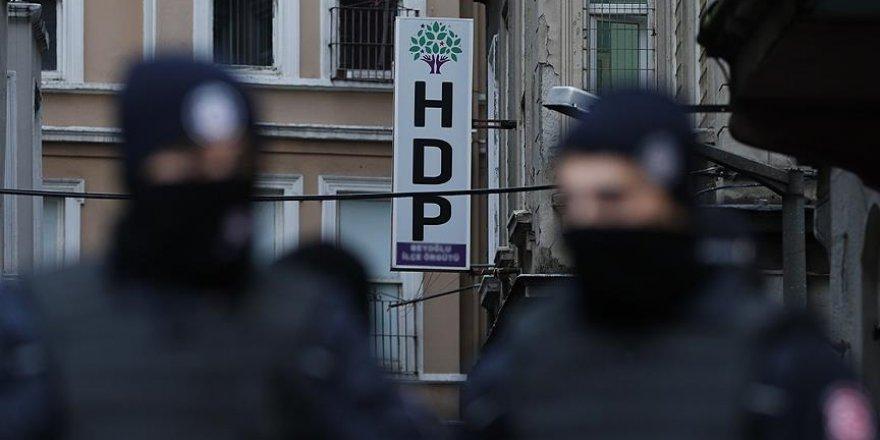 İstanbul'da HDP'nin il ve ilçe yöneticilerine operasyon