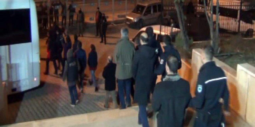 Mardin'de 17 belediye yöneticisi tutuklandı