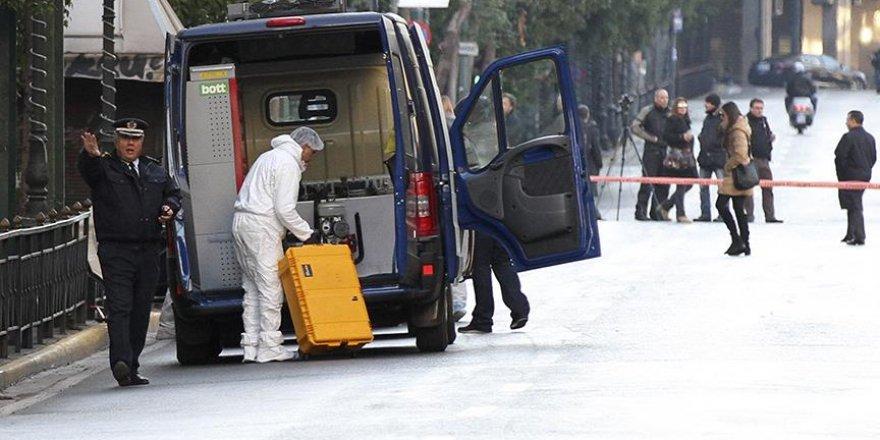 Atina'da Çalışma Bakanlığında bomba paniği