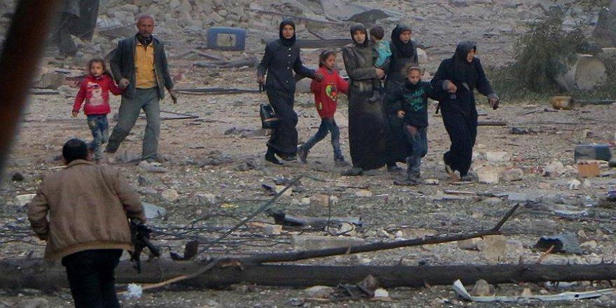 Rejim ve Şii milisler Halep'te sivilleri infaz ediyor