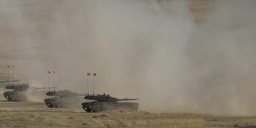 'DEAŞ'a ait 157 hedef ateş altına alındı'