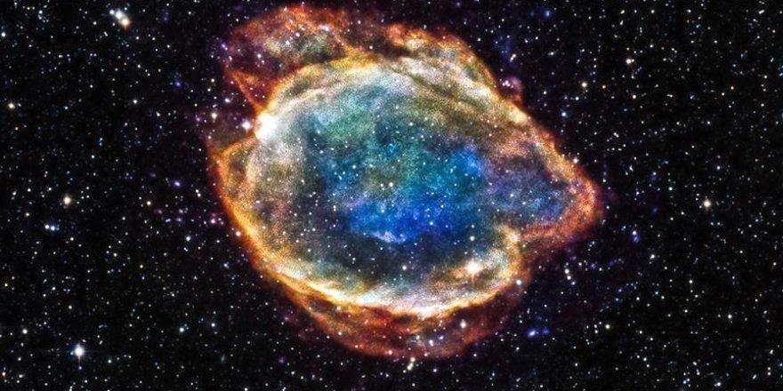 Süpernova sanılan ışık, devasa kara deliğin parçaladığı yıldızmış