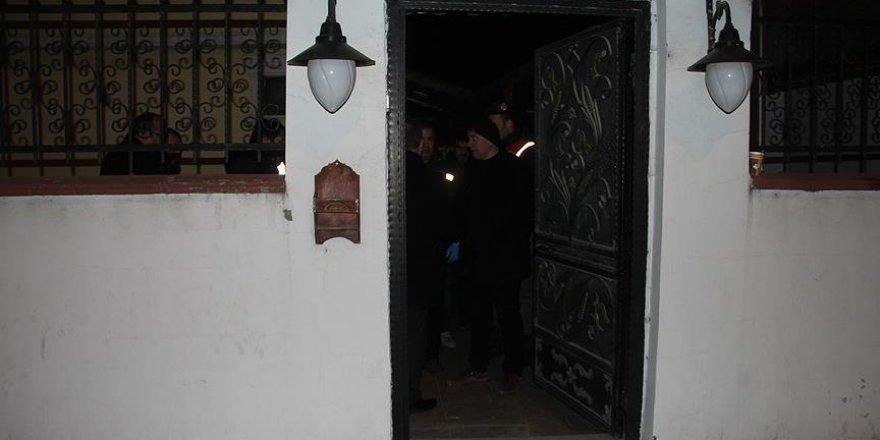FETÖ elebaşı Gülen'in Edirne'deki evinde arama yapıldı
