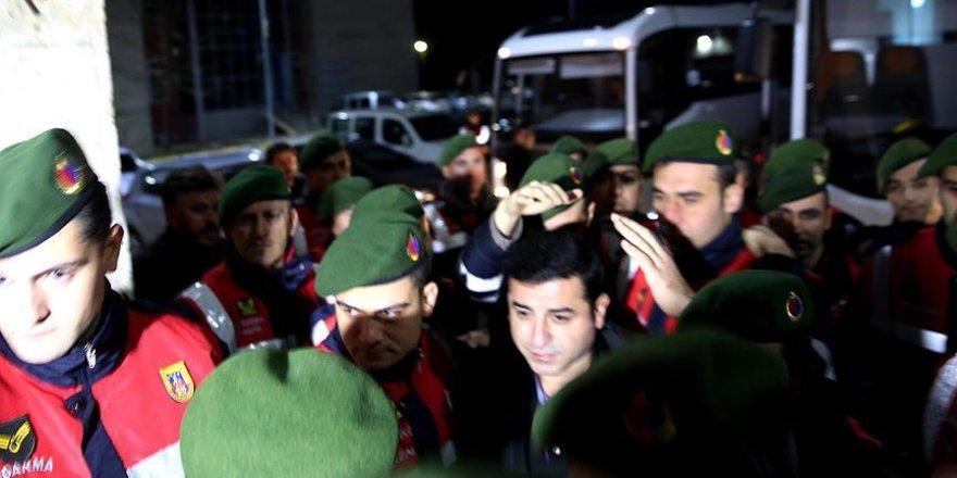 HDP Eş Genel Başkanı Demirtaş'ın muayenesi tamamlandı