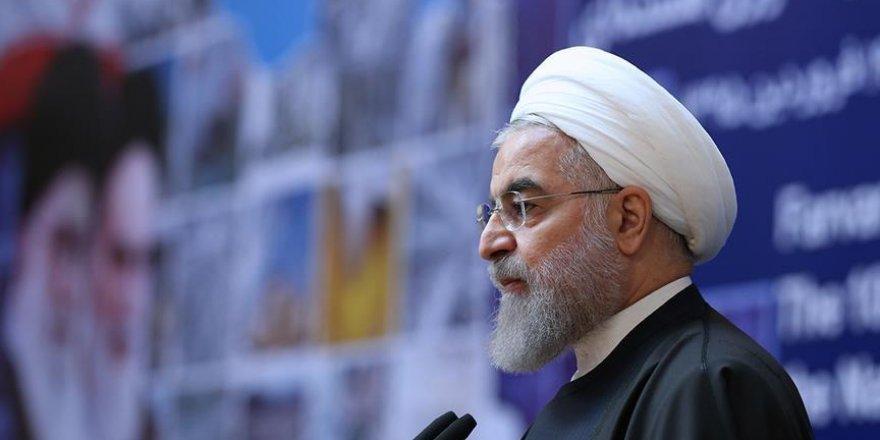 Ruhani, Halep'teki İran destekli katliamı görmezden geldi