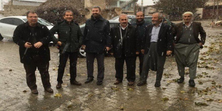 AK Parti gitmedik köy bırakmayacak