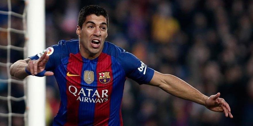 Barcelona Luis Suarez'in sözleşmesini uzattı