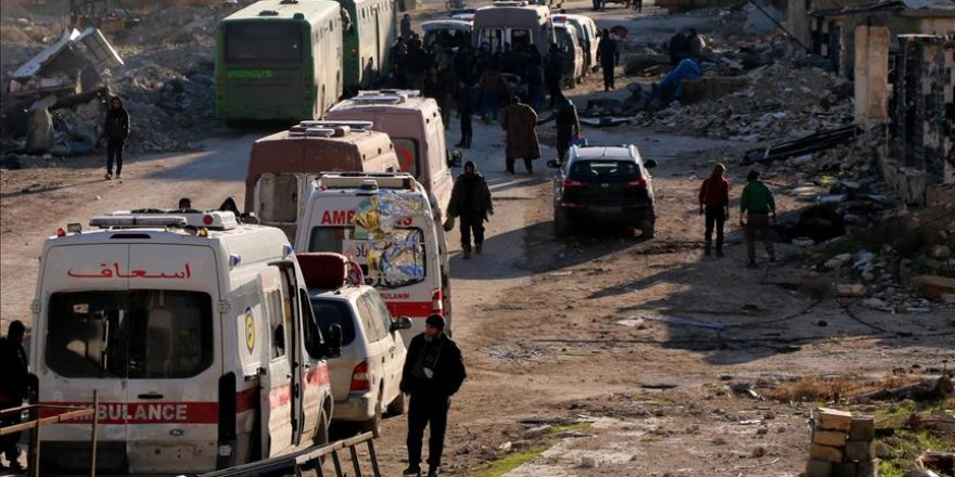 Aleppo evacuation suspended without explanation