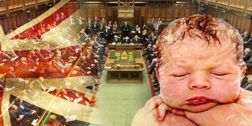 İngilizler skandal 'bebek' yasasını onayladı