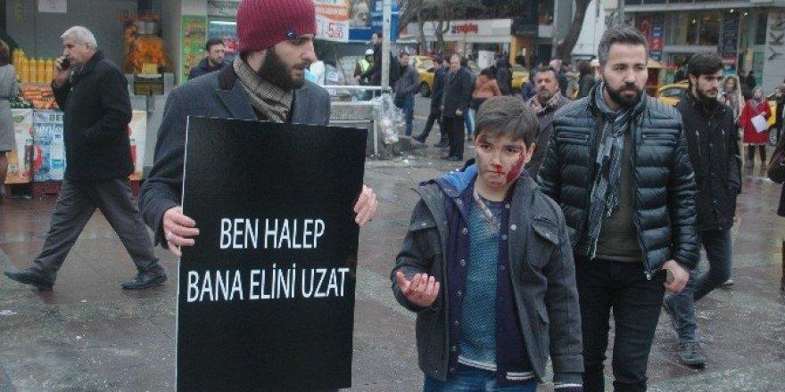 Üniversite öğrencilerinden Halep protestosu