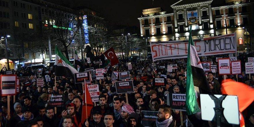 Almanya'da 'Halep' protestosu
