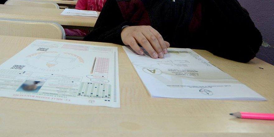 Mazeret sınavlarının ilk gün oturumu başladı