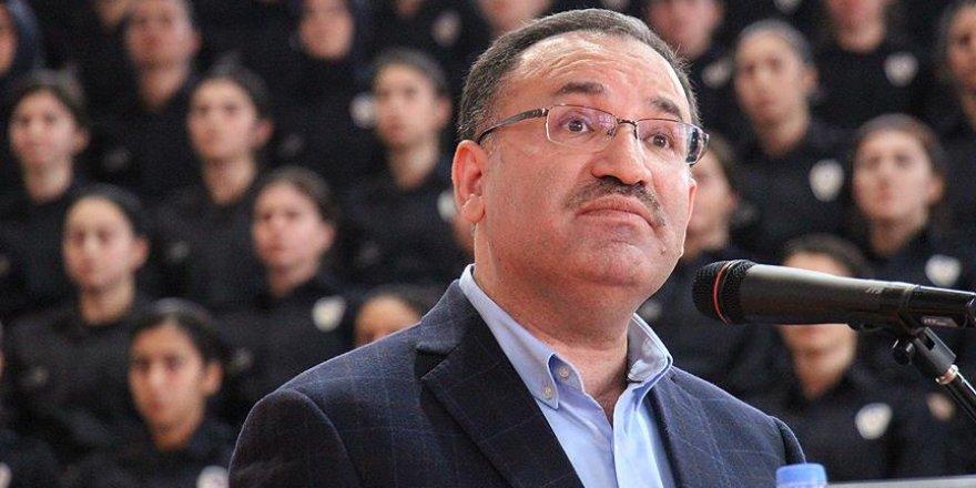Adalet Bakanı Bozdağ: Türkiye, terörle kararlı mücadelesini sürdürecektir