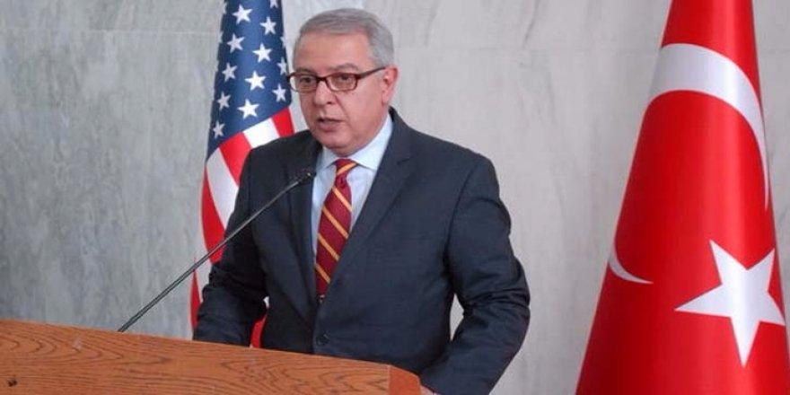 ABD'de Türk Büyükelçi ayakta alkışlandı
