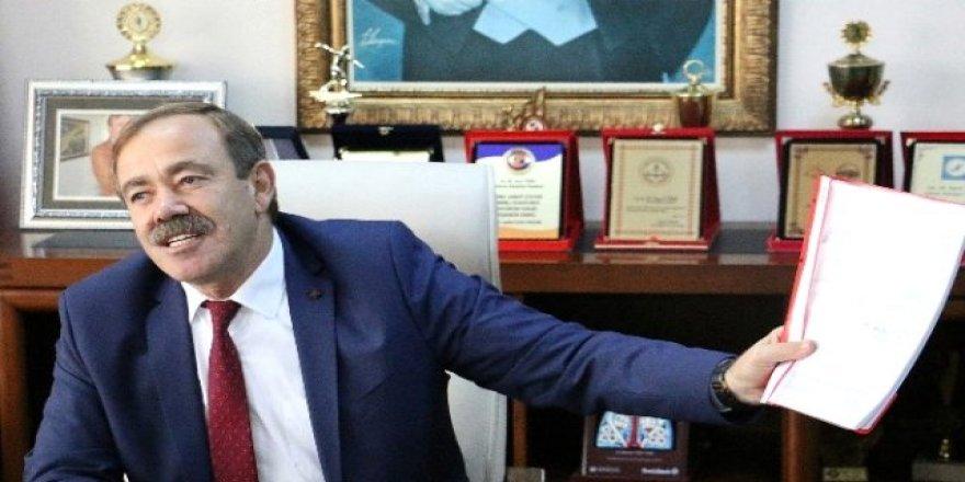 HDP'li Akdeniz Belediye Başkanı görevden uzaklaştırıldı