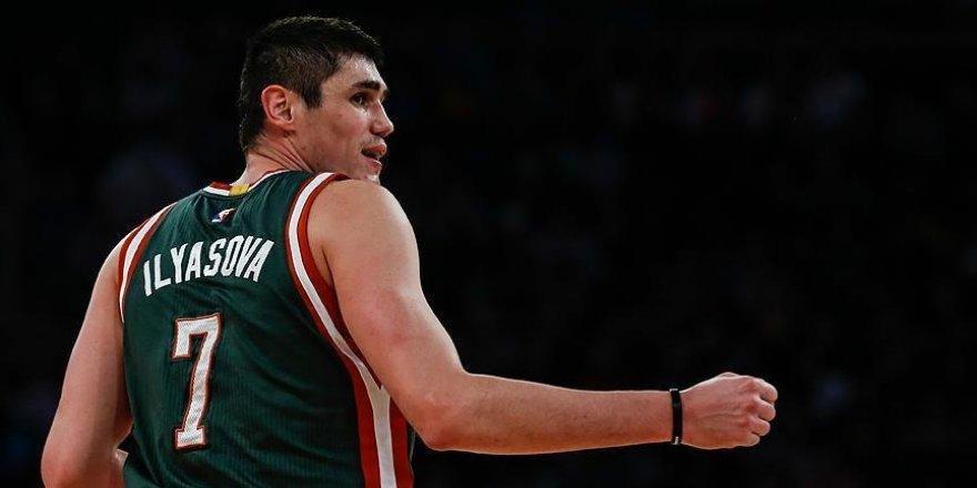 Ersan İlyasova'dan Nets potasına 22 sayı
