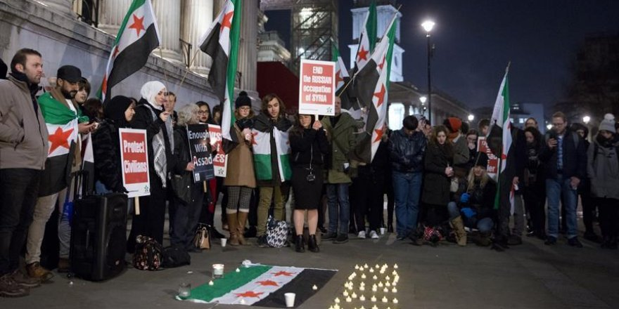 Londra'da Halep protestosu