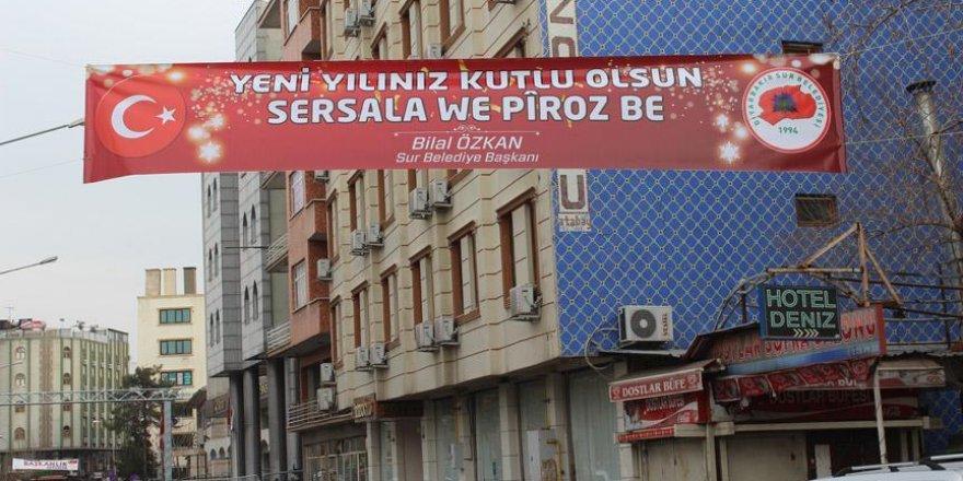 Sur Belediyesinden Türkçe ve Kürtçe yeni yıl mesajı