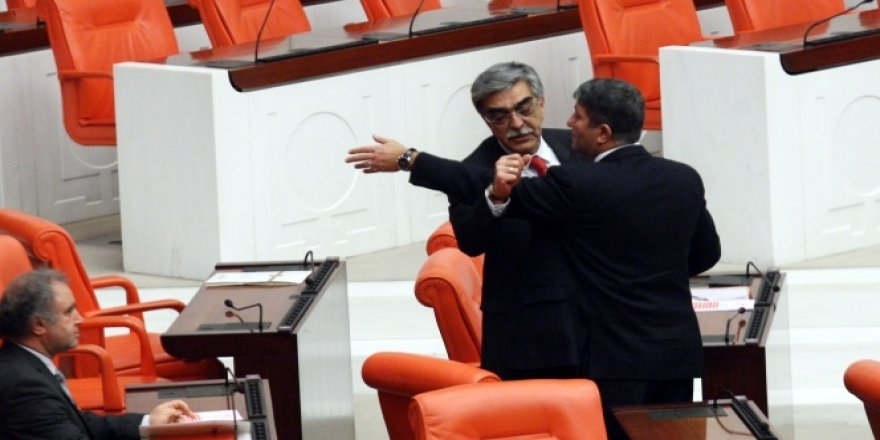 Meclis'te MHP-CHP gerginliği!