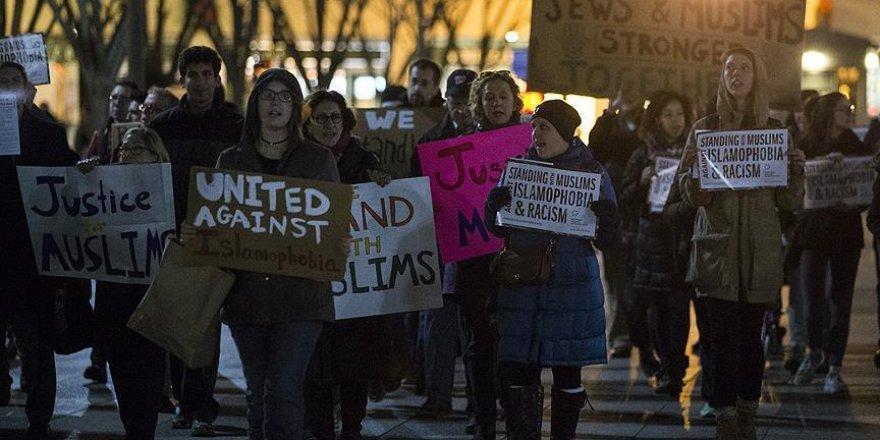 Beyaz Saray önünde İslamofobi ve ırkçılık karşıtı eylem
