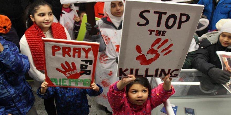 Kanada'da Suriyeli mültecilerden 'Halep' protestosu