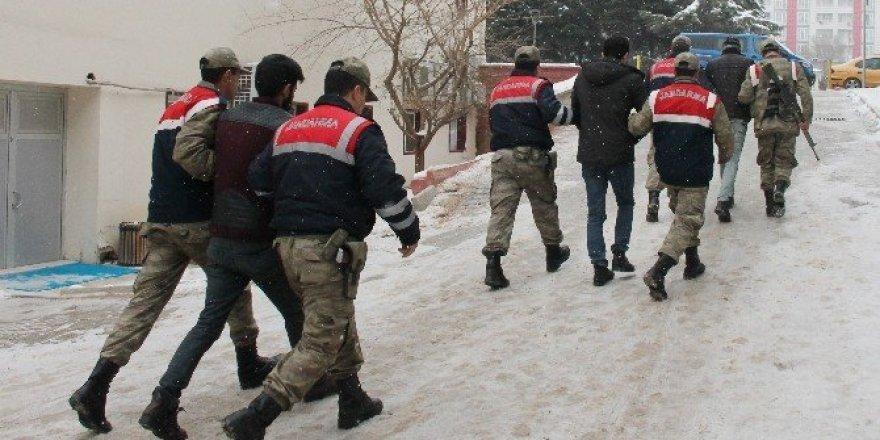 Elazığ'da terör örgütü PKK propagandası yapan 1 şüpheli tutuklandı