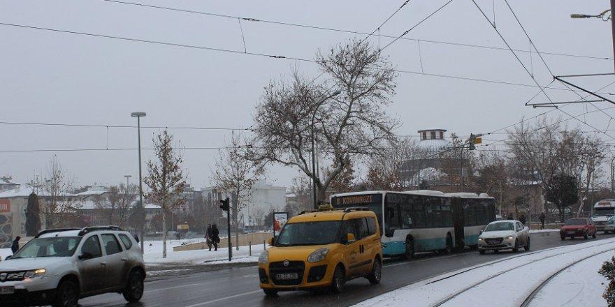 Konya ve çevresine yoğun kar yağışı uyarısı