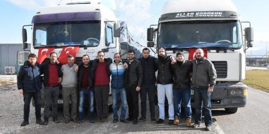 Bursalı gençlerden Halep'e 2  TIR yardım malzemesi