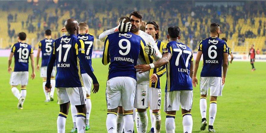 Fenerbahçe'nin yeni yılda ilk rakibi Denizlispor