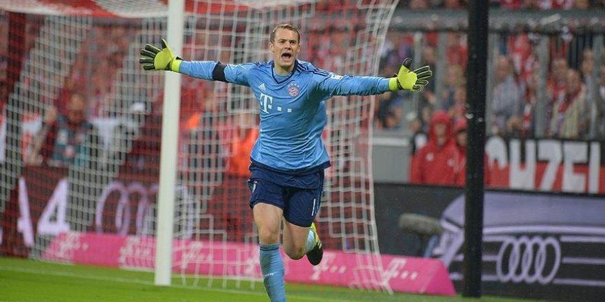 Manuel Neuer üst üste 4. kez yılın kalecisi seçildi