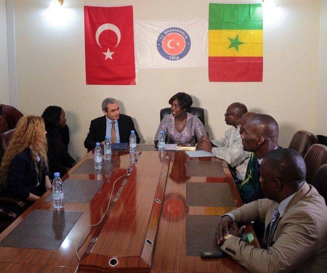 TİKA'dan Senegal Mesleki Eğitim Bakanlığı'na destek