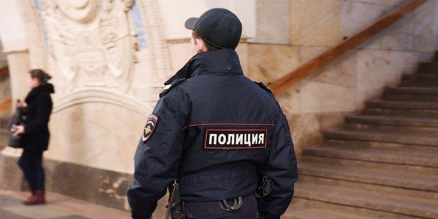 Rusya'da bomba alarmı! 3 tren istasyonu boşaltıldı