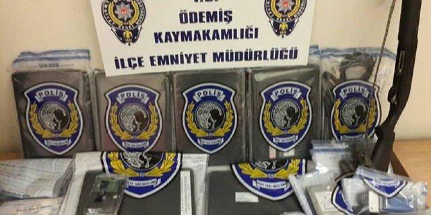 İzmir merkezli 5 ilde FETÖ operasyonu: 27 gözaltı