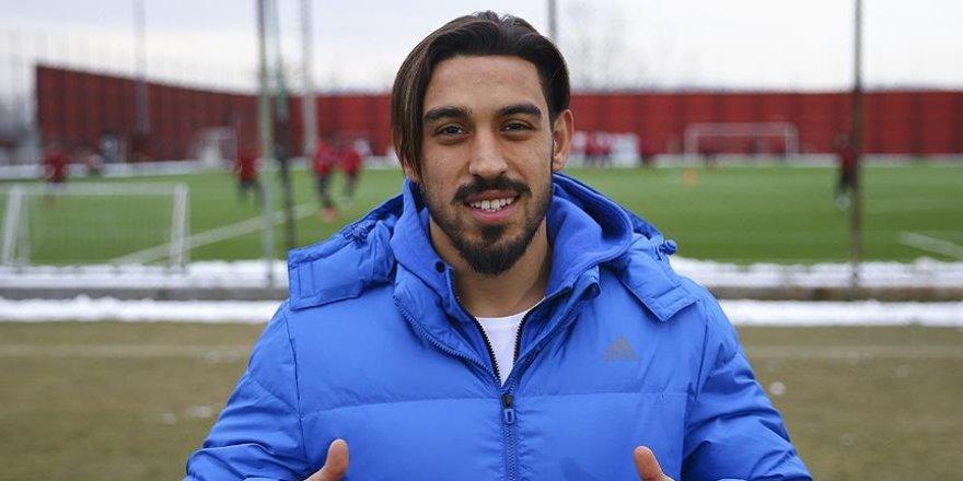 Medipol Başakşehir'e yeni orta saha oyuncusu