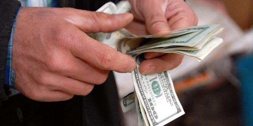 Dolar 3,79'un üzerinde dengelendi