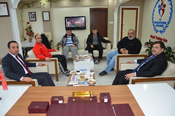 Türkiye Güreş Federasyonu Başkanı Aydın'dan İl Müdürü Yıldız'a ziyaret