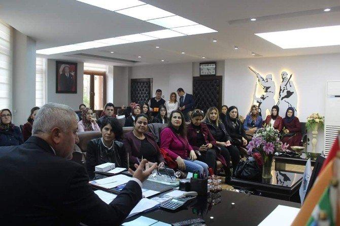 """Engelli 29 kadın """"Girişimcilik"""" belgelerini aldı"""